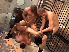 Gay sex in prison for these hunks!