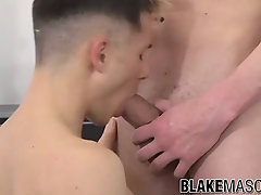 Tattooed British gay Zac Johnson doggystyle fucked after BJ